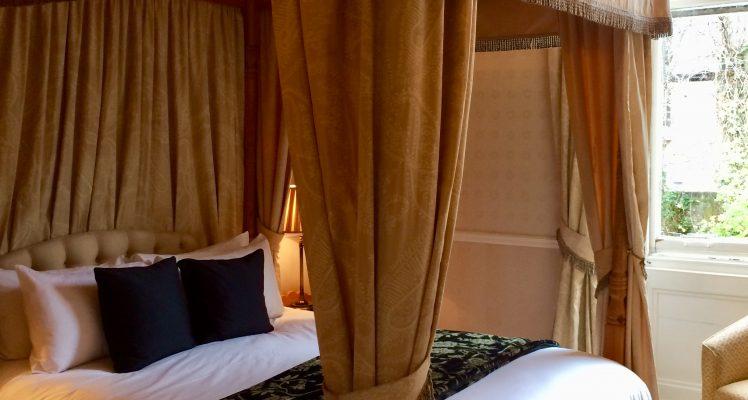 Room 6.